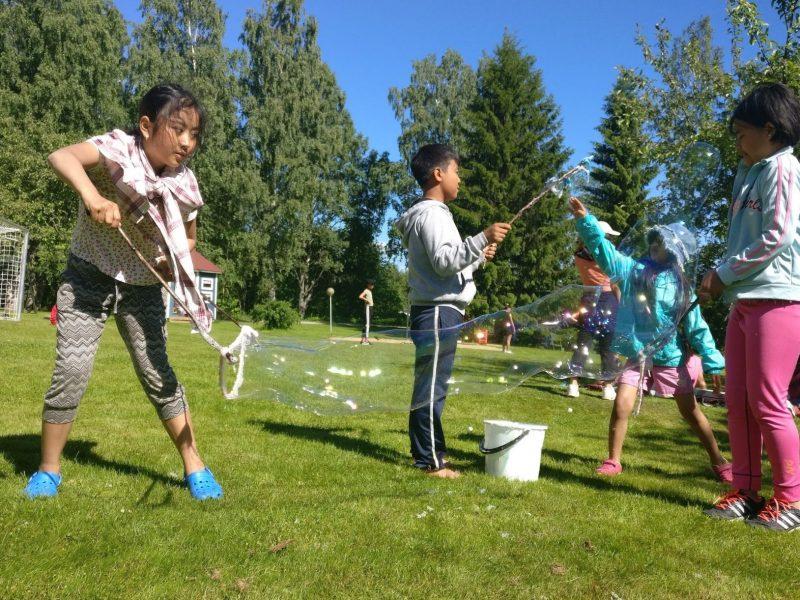 Oman kielen ja kulttuurin kurssit käynnistyvät juhannuksen jälkeen